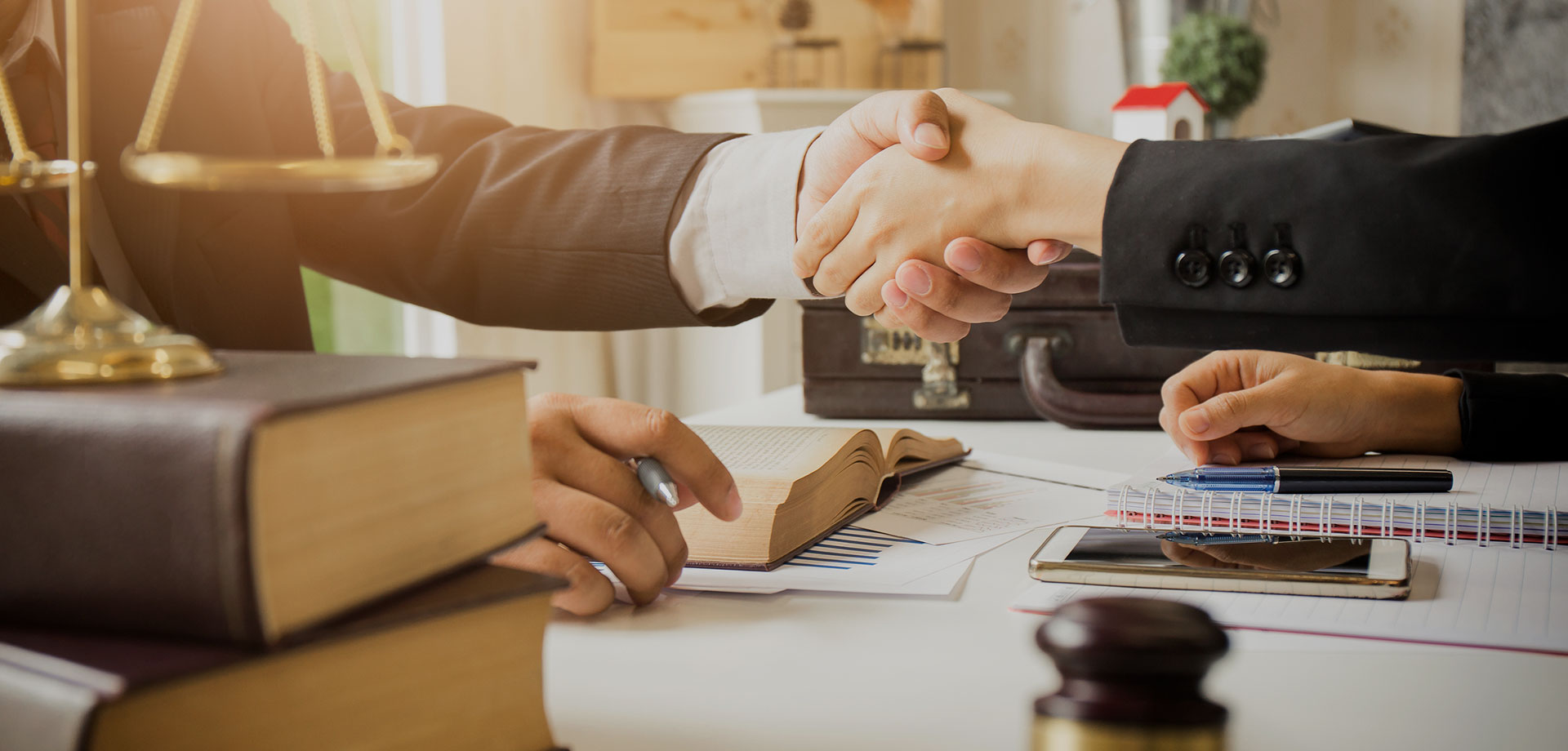 Tips for Choosing the Right Lawyer to Help Maximally Resolve a Case